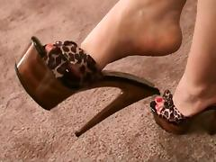 Cruelly pumps the fuck out of his dick with her powerful feet