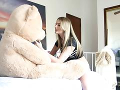 Milf seductress takes a gorgeous lesbian girl to bed tube porn video