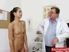 Petite latina Ferrera Gomez pussy checkup up close porn tube video