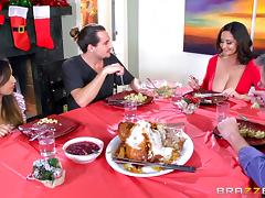 Christmas milf slut Ava Addams invites him to fuck her cunt tube porn video