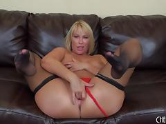 Fat milf ass makes the big black dick dude so horny porn tube video