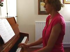 Uma at the piano tube porn video