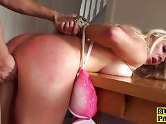 Kinky blonde enjoys rough fuck