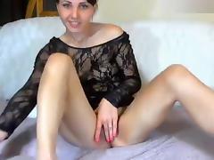 Naked XXkisskaXX posing for the webcam porn tube video