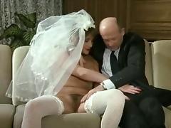 Eine Verdammt Heisse Braut