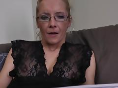 Sweet blonde in glasses dares to fuck herself with a dildo tube porn video
