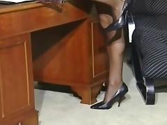 Lea MartiniSolo Horny Secretary