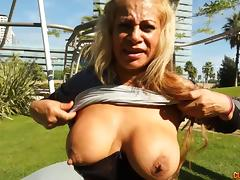 Fat booty milf babe sucking that big cock and banging hardcore porn tube video