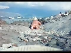 dutch bosnian granny on the beach tube porn video