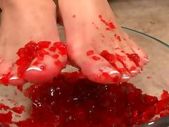 Foot fun with food on her toes then he cums on her feet
