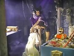Vintage fucking trio porn tube video