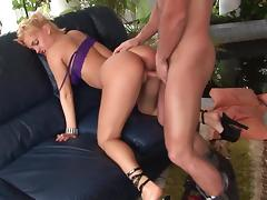 Britney loves big male fist deep in her pussy tube porn video