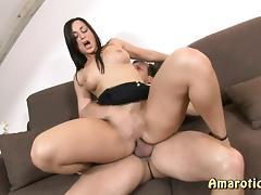 Brunette Beauty porn tube video