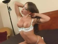 Vanessa enjoys impaling her pussy on the stiff cum gun tube porn video