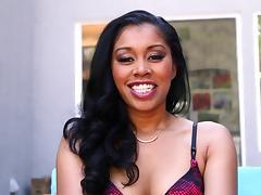 BBC sucked on by beautiful ebony slut Jasmine Deleon porn tube video