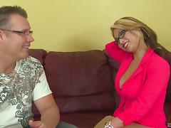 Nerdy guy is here to decorate her snatch with some man-juice! porn tube video