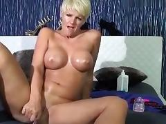aprilgold private video on 07/16/15 09:50 from MyFreecams