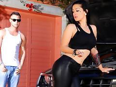 Katrina Jade & Seth Gamble  in Grease Whore
