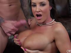 Sizzling MILF Lisa Ann gets naked and takes a load on her tits