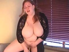 Cute Redhead BBW does herself