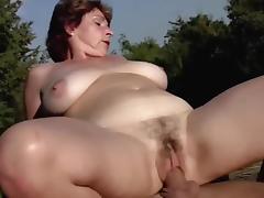 BIG TITS MILF IN THE SUN.. porn tube video