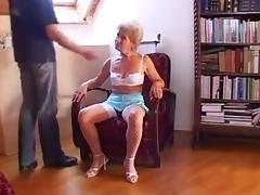 Kinky granny porn tube video
