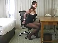 Black dress woman in hotelroom porn tube video