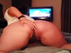 Big Butt Woman Showing Off porn tube video