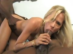 Miss Leigh fucks BBC tube porn video