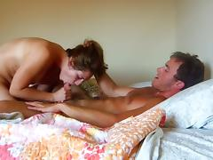 Tatted guy fucks hottie porn tube video