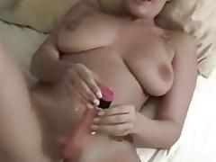 Randy amateur toys her moist pussy