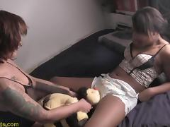 Sluts enjoys with a toy and diapers tube porn video