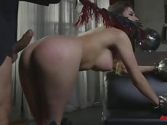 Submissive girl likes hardcore sex to be rough