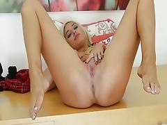 Sensual Xandra Sixx plays with her warm pussy