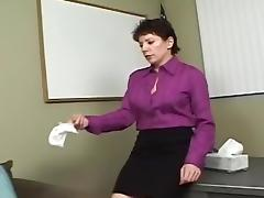 Hot Lesbian Brunette porno video