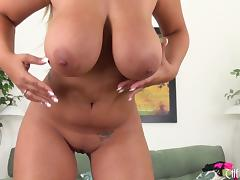 Solo model shows off her massive tits on her webcam