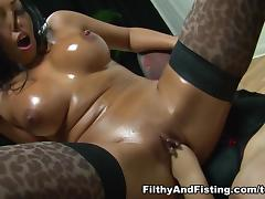 Rio Lee in Lesbian Pussy Fucking At It's Best - FilthyAndFisting