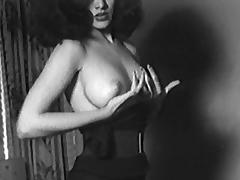 BE-BOP BRUNETTE - vintage striptease latino 50s 60s tube porn video