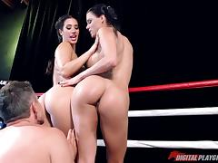 Two hypnotic boxers sharing the stiff pecker in the boxing ring porn tube video