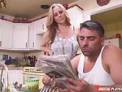 Getting humped in the kitchen brings Julia a big pleasure porn tube video