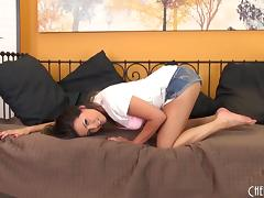 Naughty chick gets kinky on a dildo porn tube video