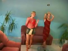 2 copines lesbiennes blondes porn tube video