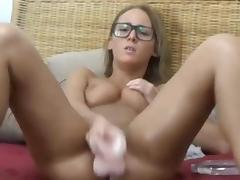 Heavy pussy play and a little squirt. porn tube video