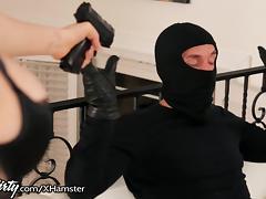 PrettyDirty Kagney Linn Karter Cum Robbery! porn tube video