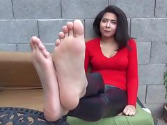 Beautiful soles lovely babe