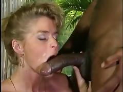 Cumshots on Dagmar Lost