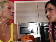 Experienced chick and her sexy apprentice getting the rough pounding