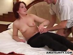 Amateur girlfriend facial in her bedroom