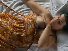 A sweet lady bating and orgasm
