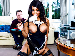 Freddy Fox, Kiki Minaj in At Your Service - DigitalPlayground